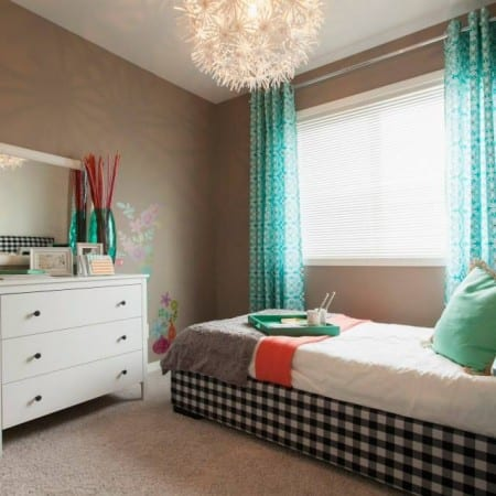 Drab Not Fab – 6 Features That Age Your House