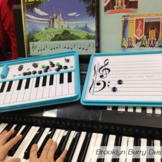 Piano Lessons & Endless Jingle Bells – Yamaha Music