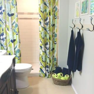 Basement Bathroom Update #RenovaCanada