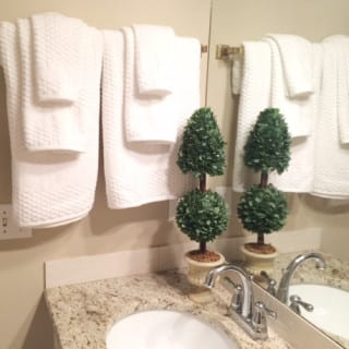 A Simple Bathroom Refresh