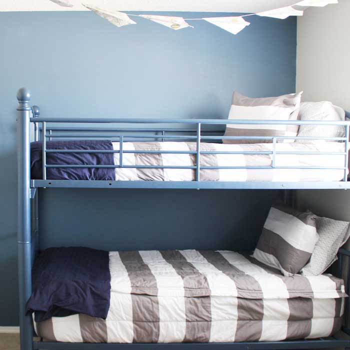 The best bedding for bunk beds ever. Boys bedding for shared boys bedrooms. Beddys Beds.