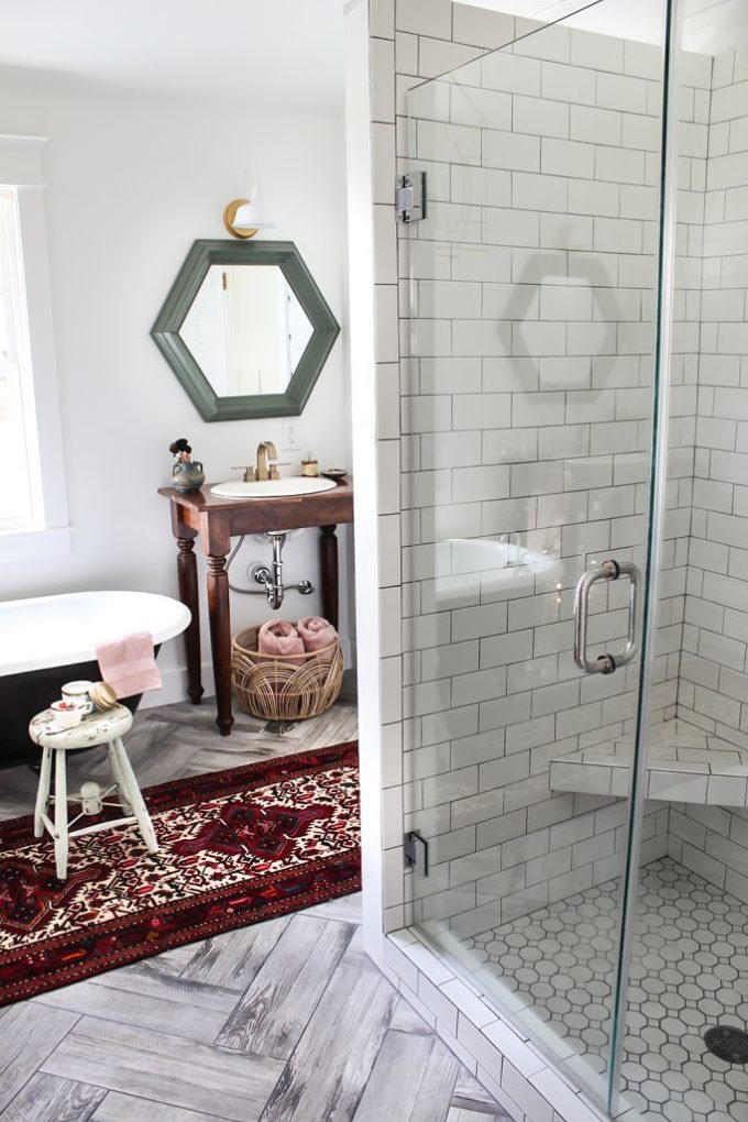 rustic eclectic bathroom