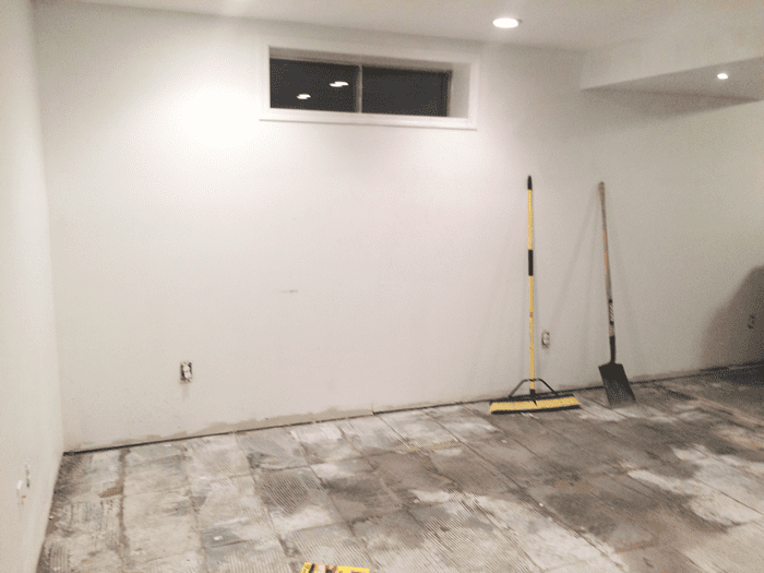concrete-floor-thinset-remove