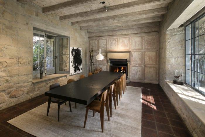 Dining room in Ellen Degeneres Villa