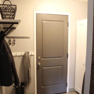 Replacing Entry Doors – Entrance Door Reveal