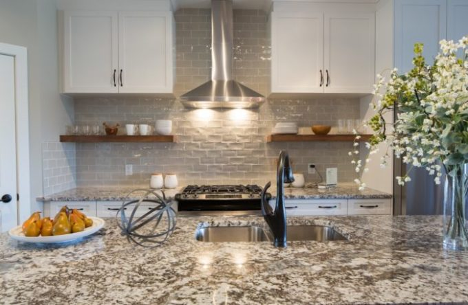 Tour This cozy and comfortable Show home - Brooklyn Berry