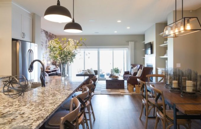 Tour this cozy and comfortable show home at Brooklyn Berry Designs.