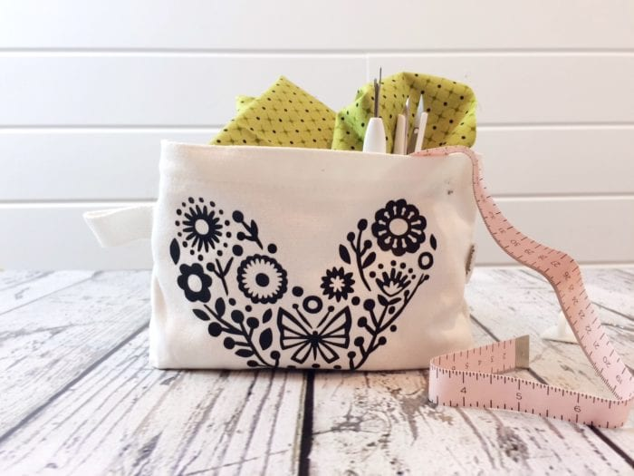 Personalized Makeup Bags With Cricut Easypress Brooklyn